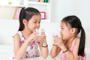 牛乳だけではダメ! 子供の身長を伸ばす食生活とは