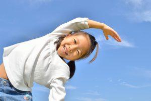 子どもの背を伸ばしやすくするストレッチ法は?