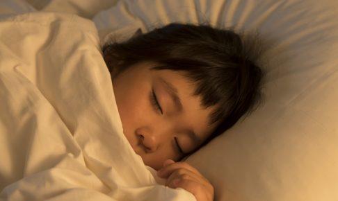 子どもが怖い夢を見た時はどうする? 上手な対処方法について