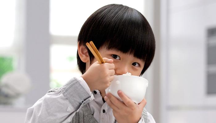 成長期の子供には和食と洋食どちらがおすすめ?