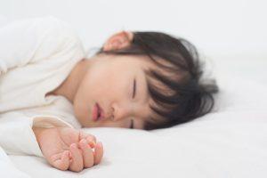 子どもに深い睡眠をとってもらうために【親が心がけるべきこと】4選